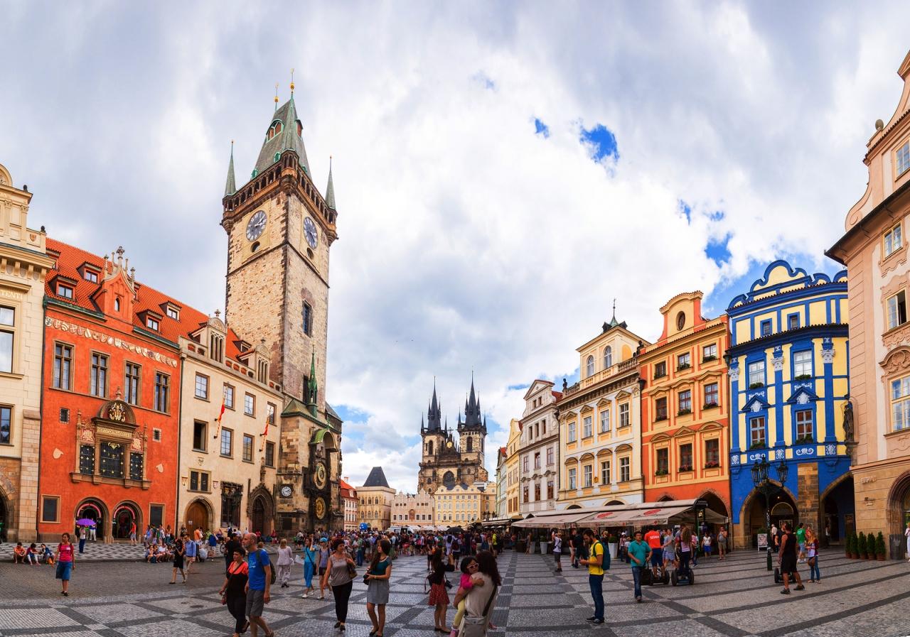 プラハのおすすめホテルと観光に...