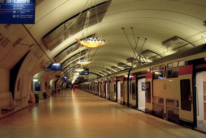 11734784_9836057d5d_o_Paris_RER_ligne_E_station_Saint_Lazare