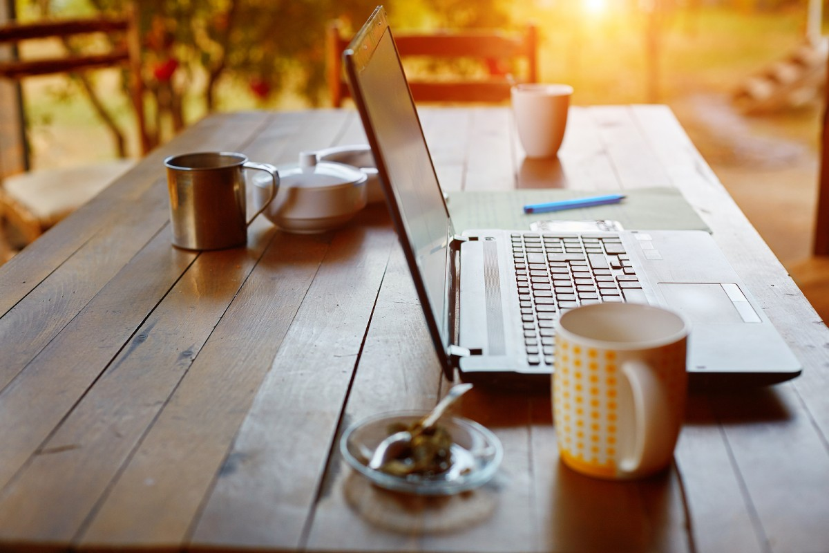 bigstock-Laptop-computer-and-coffee-in--86943893